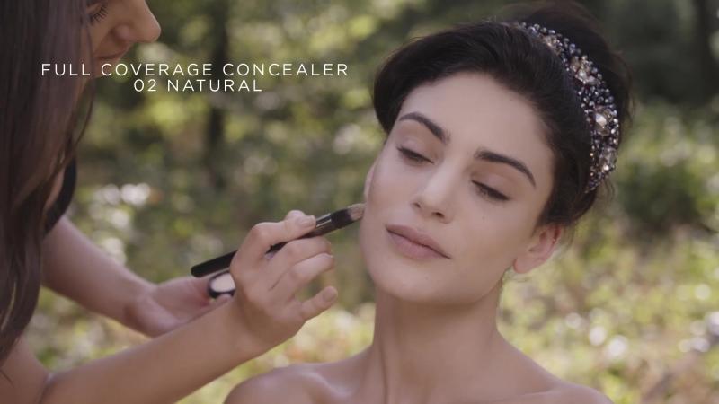 Урок по макияжу - образ Красной Королевы_Kiko Milano