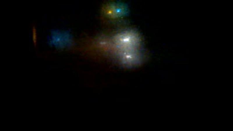 Наблюдала ночью за огнями на столбах и от фар машин очень красиво!!1