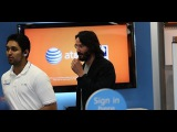 Keanu Reeves Shops For a New Cell Phone at The AT&T Store 12