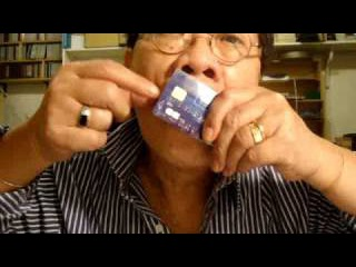 Scotland the Brave played with a credit card used as a Jew's harp by TRAN QUANG HAI
