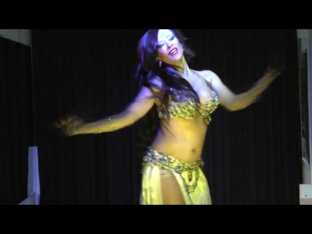 Jade el Jabel - Noites Temáticas Dumuaini, SP Brasil - Il Oyun Isud Figurino Eman Zaki