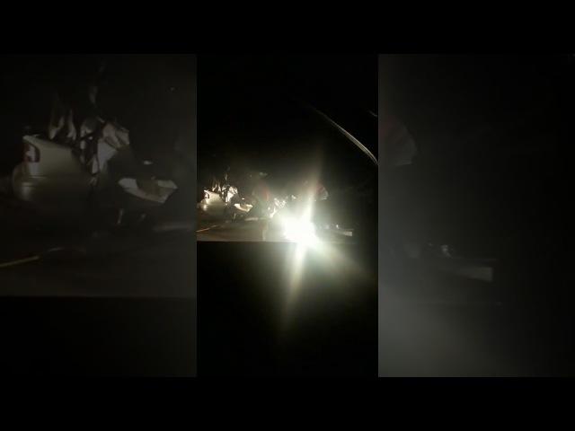 Последствия аварии Субару с фурой на Красноярском тракте в Омске 16 02 2018