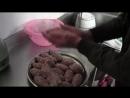 Как готовить люля-кебаб на мангале, чтобы фарш не отваливался.mp4