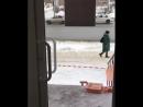 повреждение вывески Академии мебели УК Жилище 22.02.18