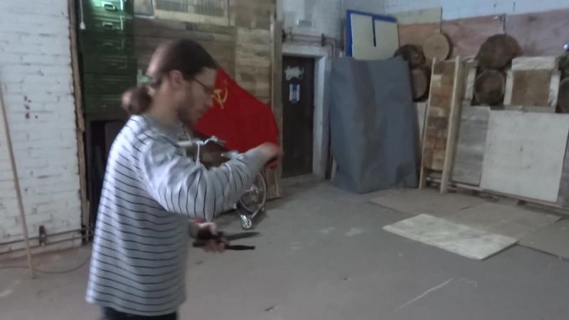 Метаем ножи не предназначенные для метания