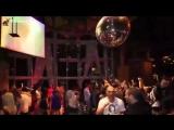 Половинка - My vs Чугунный Скороход - Клуб 'Bongo' и девушки в нанобикини (Black.mp4