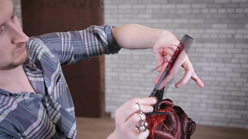 Женская стрижка градуированное боб каре на ножке