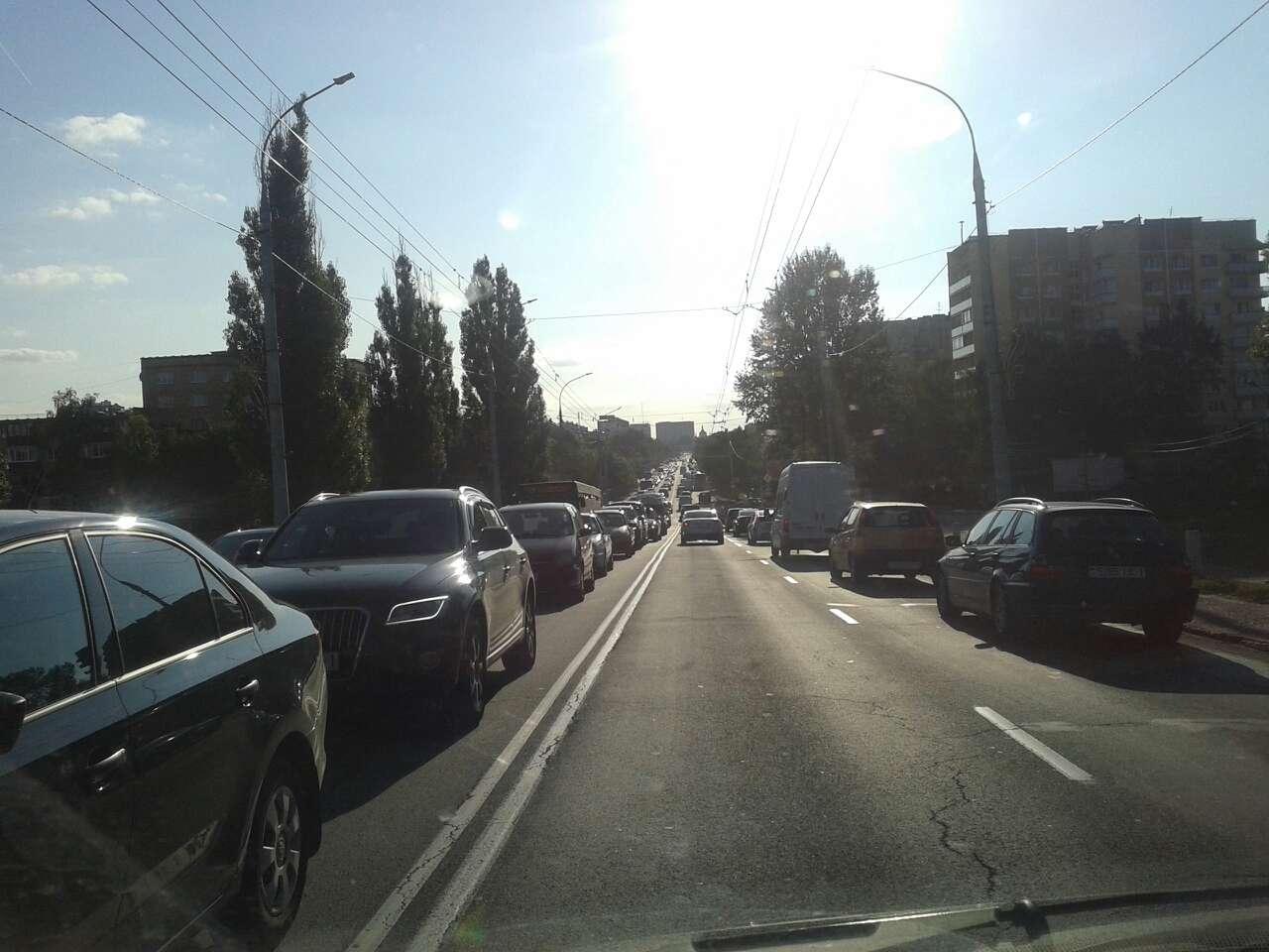 """Сразу несколько ДТП на """"кобринском мосту"""" буквально блокировали город"""