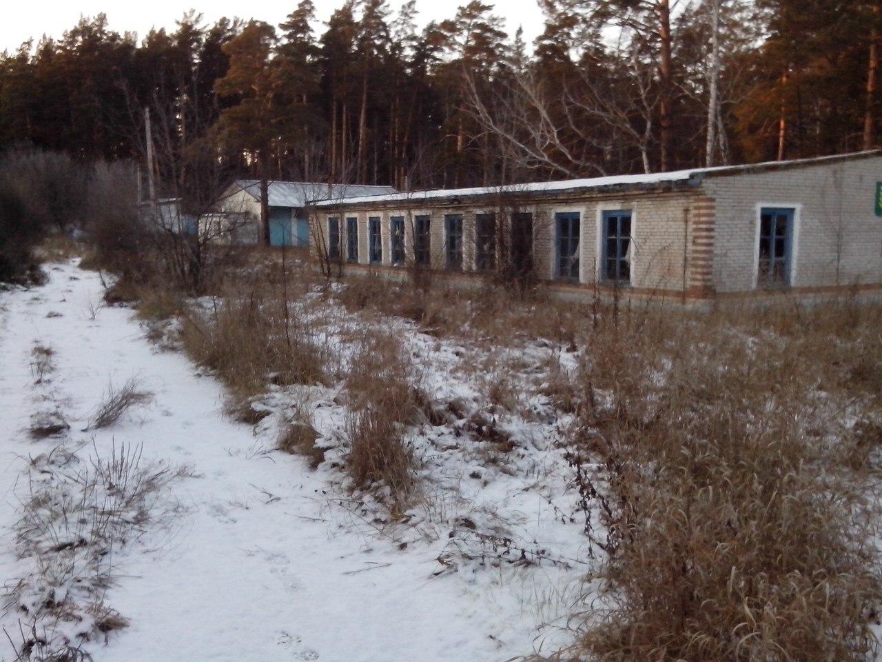 Поход в заброшенный детский лагерь