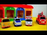 Os carros ajudantes. O caminhão de bombeiros para as crianças