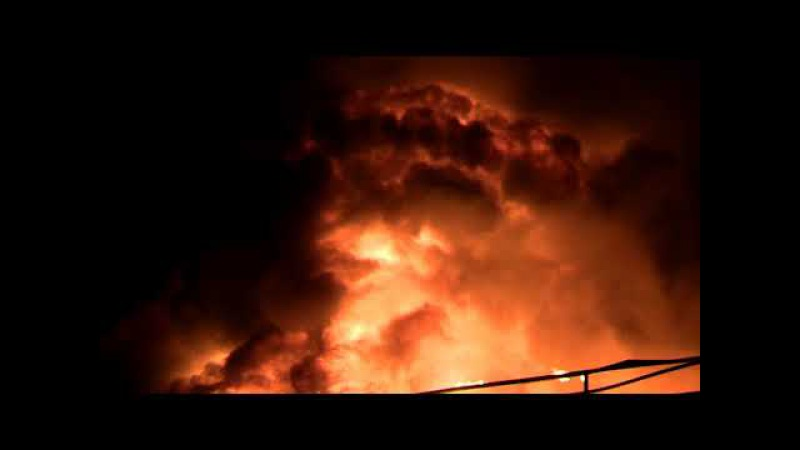 Большой пожар в ТЦ Синдика 65 км МКАД