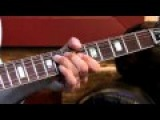 Larry Carlton - 335 Improv - Soloing Over I-VI-II-V - Blues Guitar Lessons