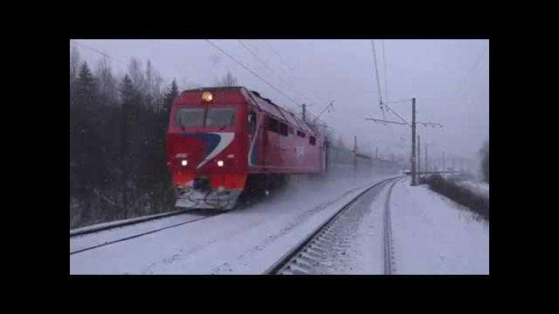 Тепловоз ТЭП70БС-093 с фирменным поездом №053 Лыбидь (Санкт-Петербург - Киев)