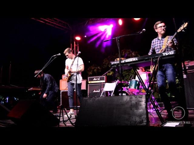 Astronauts 'n All - RRR (Live Pipl Fest 09.17)