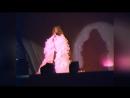 Trocadéro-Comme Disait Mistinguett -Live. Filmée par Monique Hurel pour la Soirée de la Vie en Rose au en Octobre 1981 _