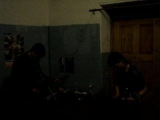 Радиус Неба - выше крыш ( репетиция в каморке 2007)