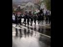 Воины в центре Тбилиси захватили улицу. ხორუმის მოცეკვავები ზებრა გადასასვლელე.