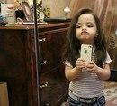 Разговариваем с дочкой…Она говорит: - Насте - 2 года, а мне уже 3, ха-ха-ха! …Я отвечаю…