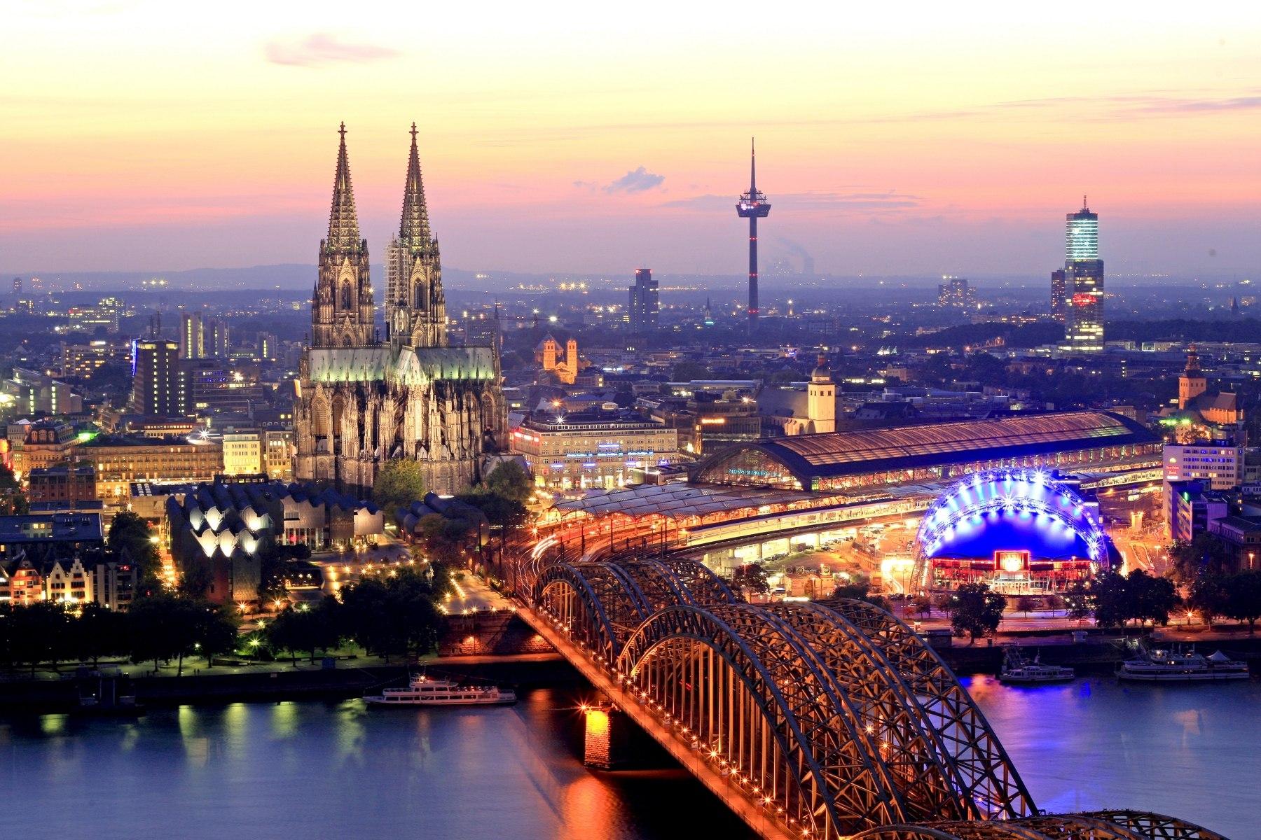 Вечерняя панорама центральной части австрийской столицы