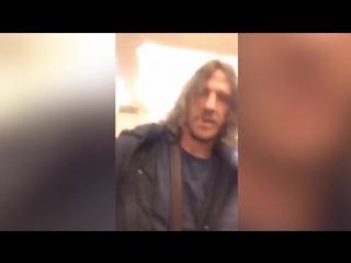 Пуйоля шлепнули по лицу резиновым членом в Москве