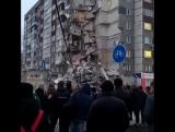 Масштабы обрушения ужасны! Рухнули все 9 этажей!
