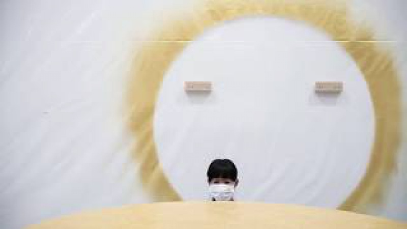Монтаж выставки Такаси Мураками «Будет ласковый дождь» » Freewka.com - Смотреть онлайн в хорощем качестве