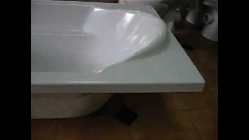Акриловая ванна Santana