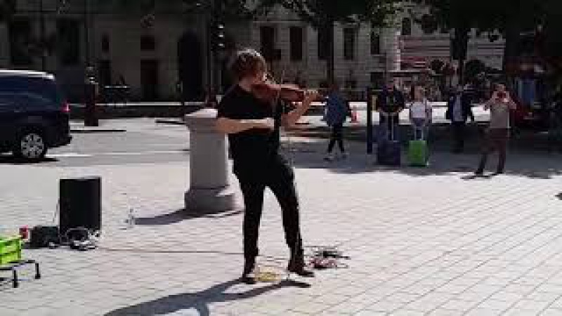 When Famous Violinist play on the Street No2