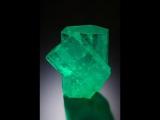 Драгоценные камни и минералы Берилл (изумруд, аквамарин, морганит) Beryl  Emerald