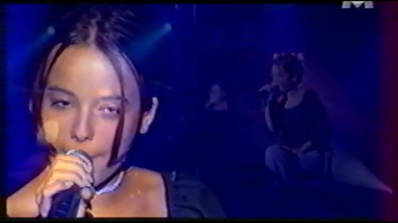 Alizee - Parler Tout Bas (2001-07-12. Le Grand Hit M6)