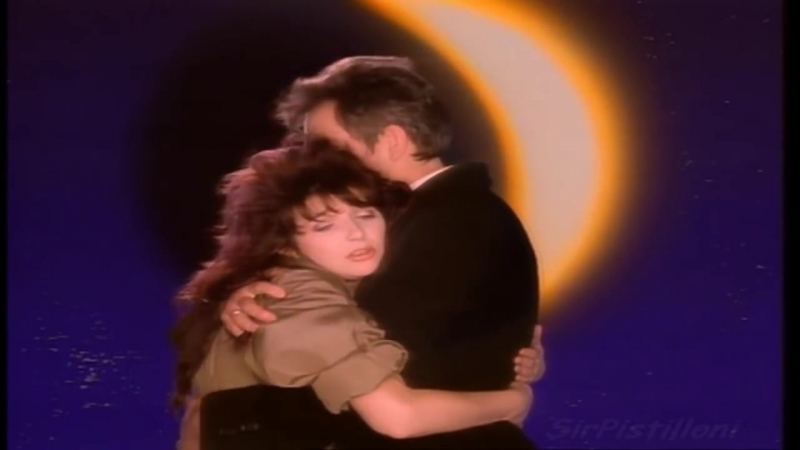 Peter Gabriel Kate Bush - Dont Give Up (Official Music Video)