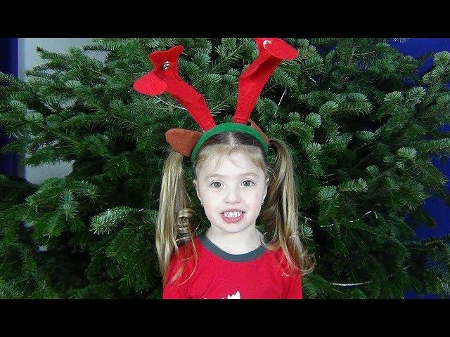VLOG НАРЯЖАЕМ новогоднюю ЁЛКУ Decorate The Christmas Tree with Jingle Bells Christmas Songs