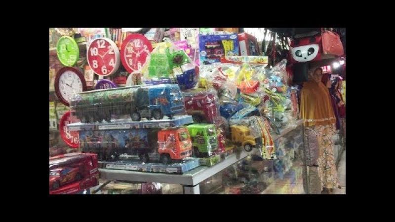 Beli Mainan Anak Di Pasar - Baby Ali Icel Beli Mainan Tayo,Robocar Poli dan Mainan Bola
