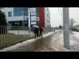 7 марта. В Ростове дождик - это стихийное бедствие. Гололед и переломы