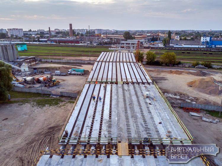 Шо там на мосту? Как строится новый путепровод на Зубачёва
