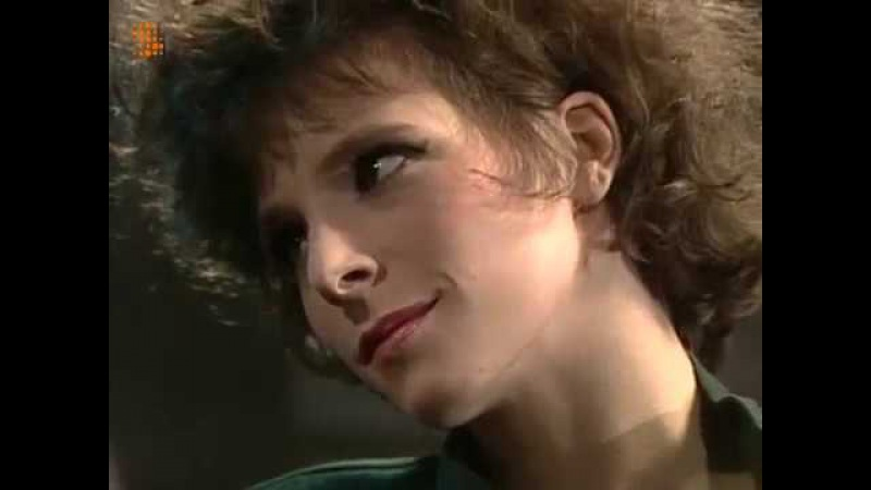 Mylène Farmer - Plus Grandir Interview (TV Belge) 1985 Cargo de nuit