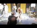 Гастроли Коляда-театра в Москве, Клаустрофобия , поклоны