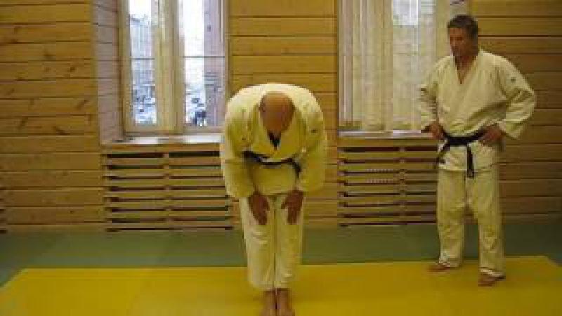 Правила этикета при выходе на татами и уходе с татами на соревнованияз по дзюдо.