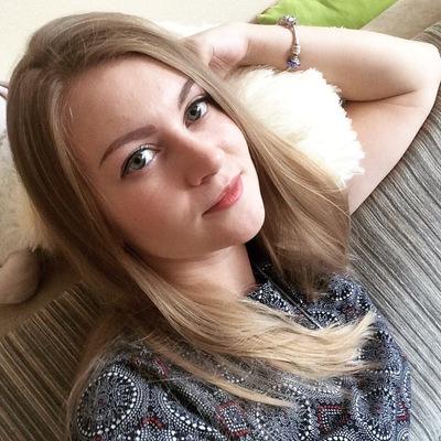 Анна Стоянова