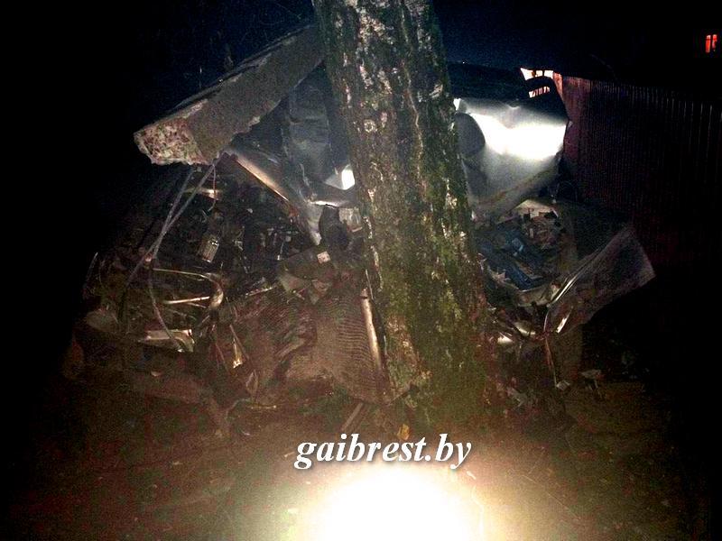 """Получил права, """"замочил"""", сел пьяным за руль, попал в ДТП: погиб несовершеннолетний пассажир"""