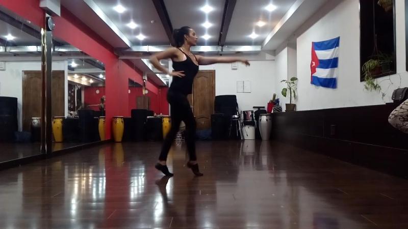 13.11.2017 bembespb: cabare cuban style c Leinadis Perez!