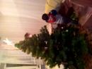 наряжали елку.