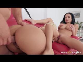 Wet lesbian pussy gallery