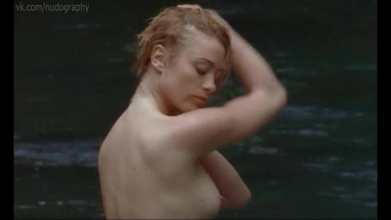 Мартина Стелла (Martina Stella) голая в сериале