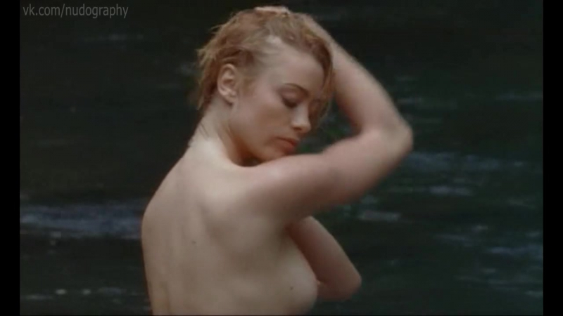 Мартина Стелла (Martina Stella) голая в сериале Черная стрела (La Freccia nera, 2006, Фабрицио Коста) - 1 серия