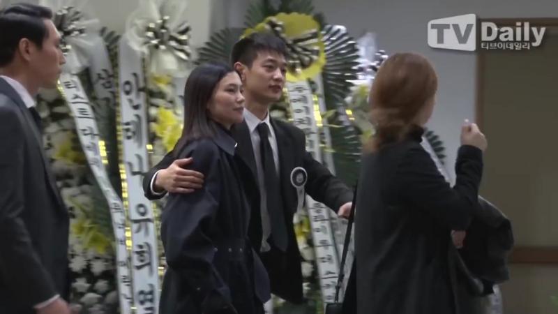 TD영상 샤이니 민호 SHINee Min Ho 상주로 故 종현의 Jong hyun 마지막 길 배웅