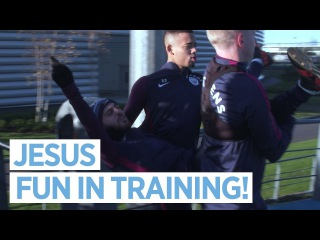 GABRIEL JESUS PRANKS BERNARDO!   Training