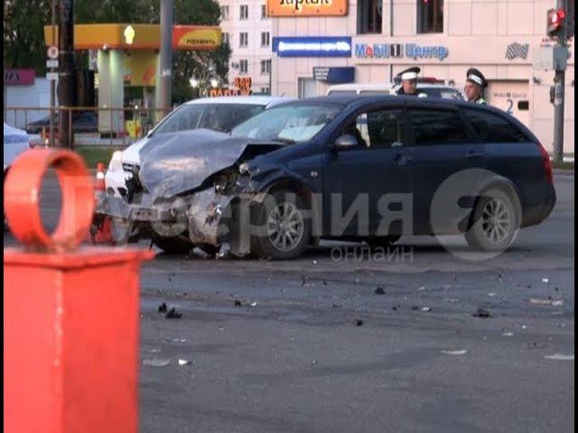 Хабаровчанка пострадала в аварии по вине начинающей автолюбительницы. MestoproTV