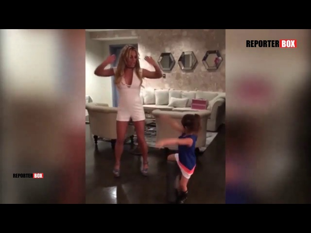 Britney Spears pays tribute to Madonna by dancing to VOGUE | REPORTERBOX