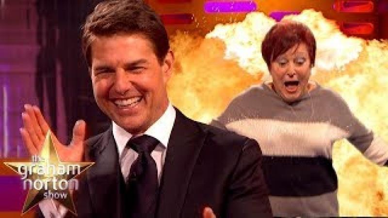 Tom Cruise Teaches Audience Members How to Do Stunts | The Graham Norton Showvk.com/topnotchenglish